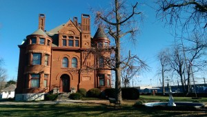 James Howard founded the Howard Shipyards in 1834, and his son built this home across from the river in 1894.